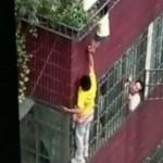 Mutiger Mann rettet Vierjährige vor Sturz vom Balkon