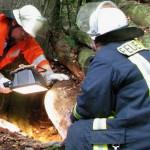 Erzieherin rettet Dreijährigem in 25 Meter tiefem Schacht das Leben