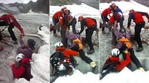 Bergretter ziehen Mann aus Gletscherspalte