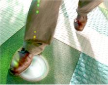 Schritte erzeugen Energie, Schritte erzeugen Strom, Pavegen Systems