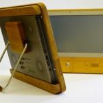 Intelligenter Eco-Computer im Holzgewand