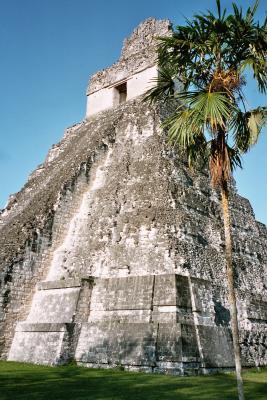 Gran Jaguar, Templo I, der große Tempel des Zentralplatzes in Tikal