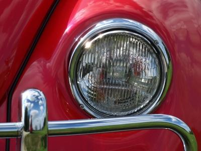Scheinwerfer des legendaeren VW-Kaefers, VW, schafft stellen für suedeuropaeer, positive nachrichten