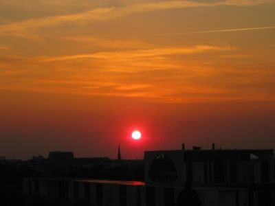 Abendsonne über Berlin, Sonnenenergie, positive nachrichten