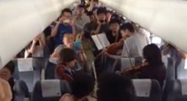 Philadelphia Orchestra, spontankonzert in flugzeug, positive nachrichten