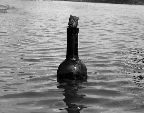 Flaschenpost, zehntausend Kilometer, positive nachrichten