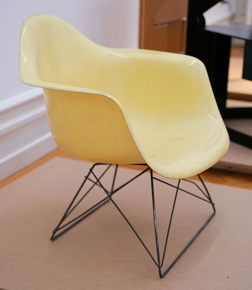 Charles and Ray Eames, Plastic Chair 1950-53