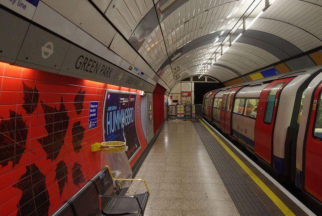 Green Park underground, Londoner U-Bahn, positive nachrichten