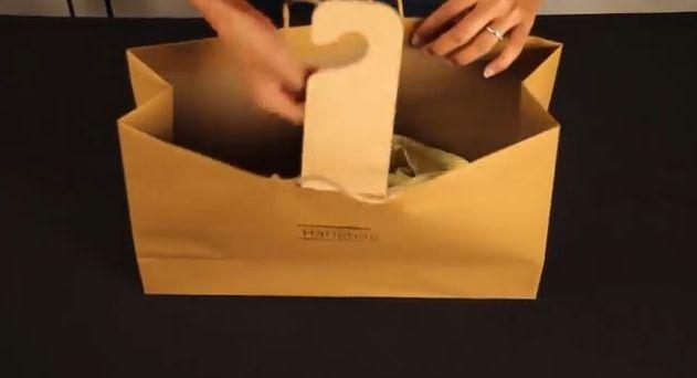 Hangbag, Papiertuete, Kleiderbuegel, positive nachrichten, projekt