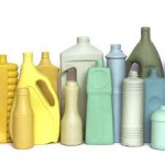 Upcycling – aus Müll werden bunte Vasen
