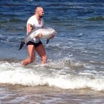 Kampfsportler rettet kleinen Delfin