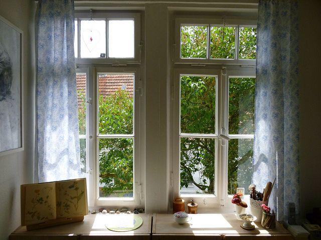 sauberes, offenes Fenster, positive nachrichten, paulo coelho