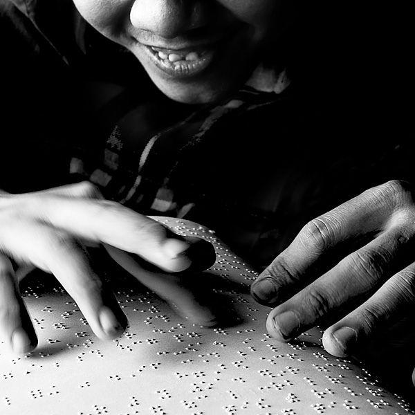 Brailleschrift, app fuer blinde, positive nachrichten