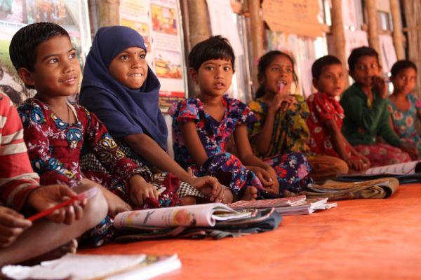 Schüler in Bangladesch im Unterricht